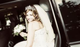 Bride arrives by Edinburgh Wedding Photographer Ewan Mathers