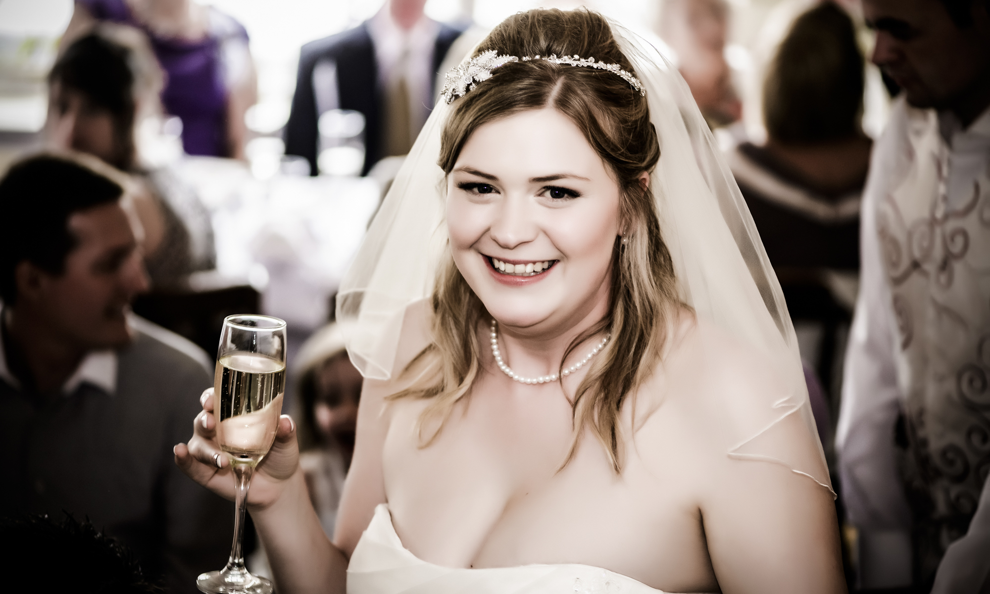 Wedding Photographer in Edinburgh, the Highlands and Scotland