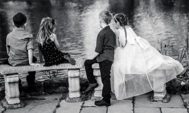 Children at a wedding by Edinburgh Wedding Photographer Ewan Mathers