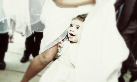 Girl at a wedding by Edinburgh Wedding Photographer Ewan Mathers