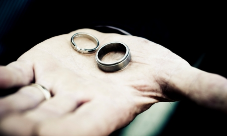 The rings by Edinburgh Wedding Photographer Ewan Mathers