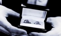 Wedding rings by Edinburgh Wedding Photographer Ewan Mathers