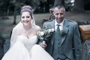 Arriving at Church by Highland Wedding Photographer Ewan Mathers