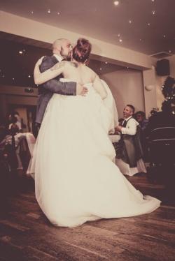First Dance by Inverness Wedding Photographer Ewan Mathers