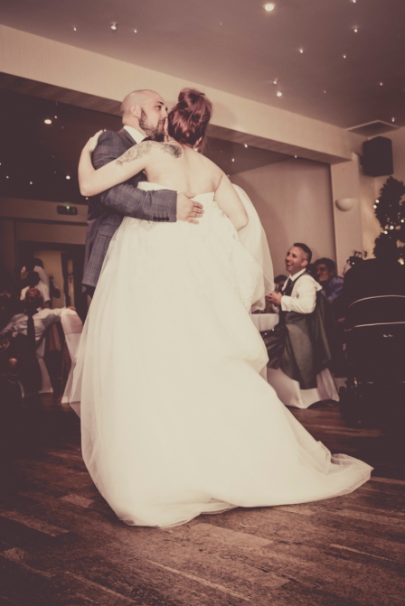 First Dance by Edinburgh Wedding Photographer Ewan Mathers