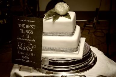The Wedding Cake by Edinburgh Wedding Photographer Ewan Mathers