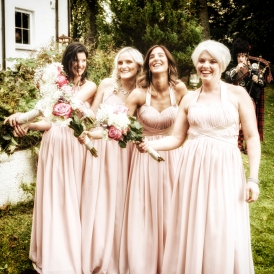 Bridesmaids by Wedding Photographer in Edinburgh - Ewan Mathers