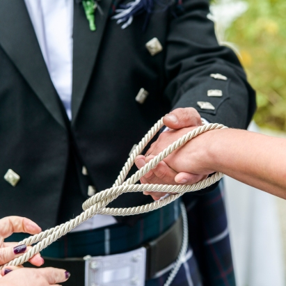 Tying the Knot by Wedding Photographer in the Highlands of Scotland - Ewan Mathers