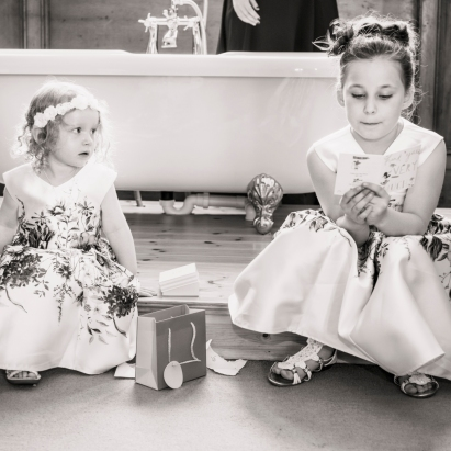 Flower Girls by Wedding Photographer in the Highlands of Scotland - Ewan Mathers