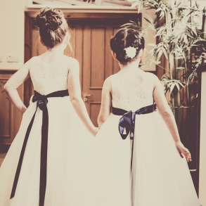 Flower Girls by Wedding Photographer in Edinburgh - Ewan Mathers